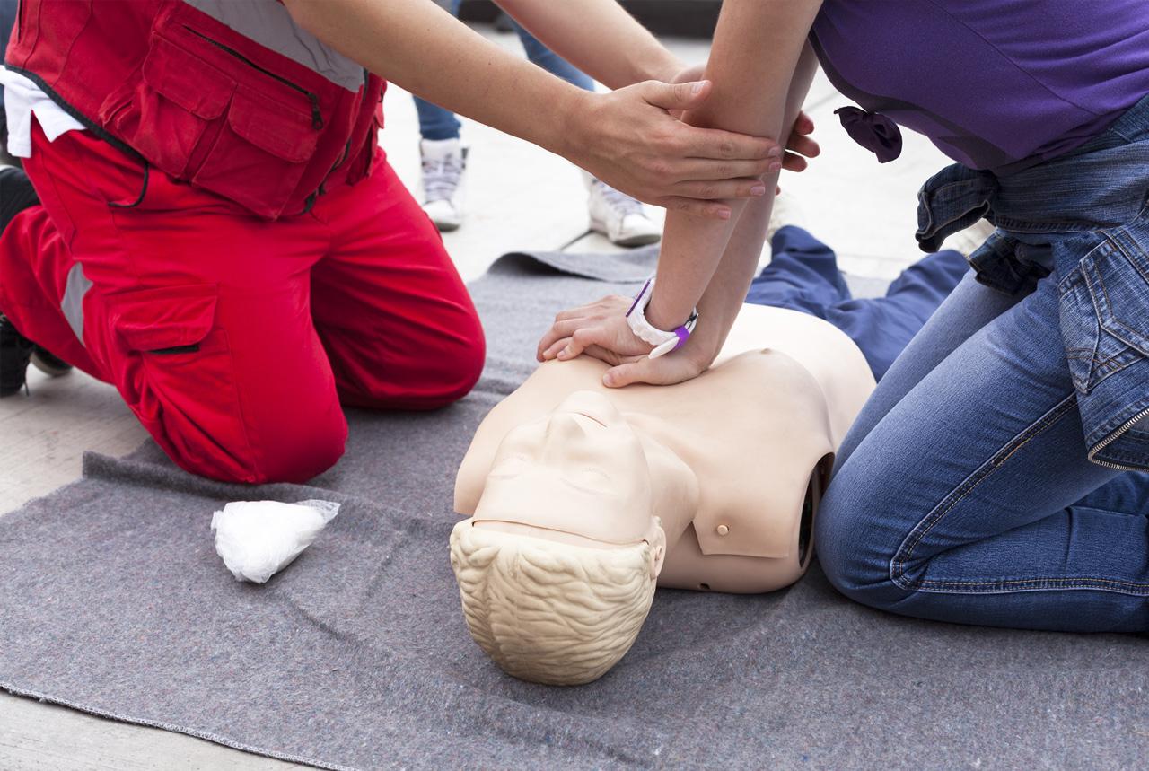 <熊本県>「救急の日」 被災と健康の備え学ぶ