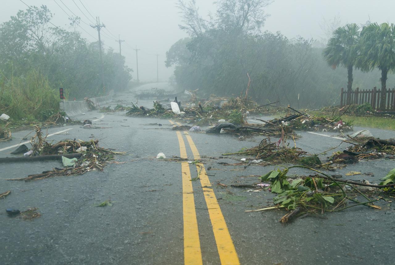 感染症防止や健康確認急ぐ 台風10号、県やICAT