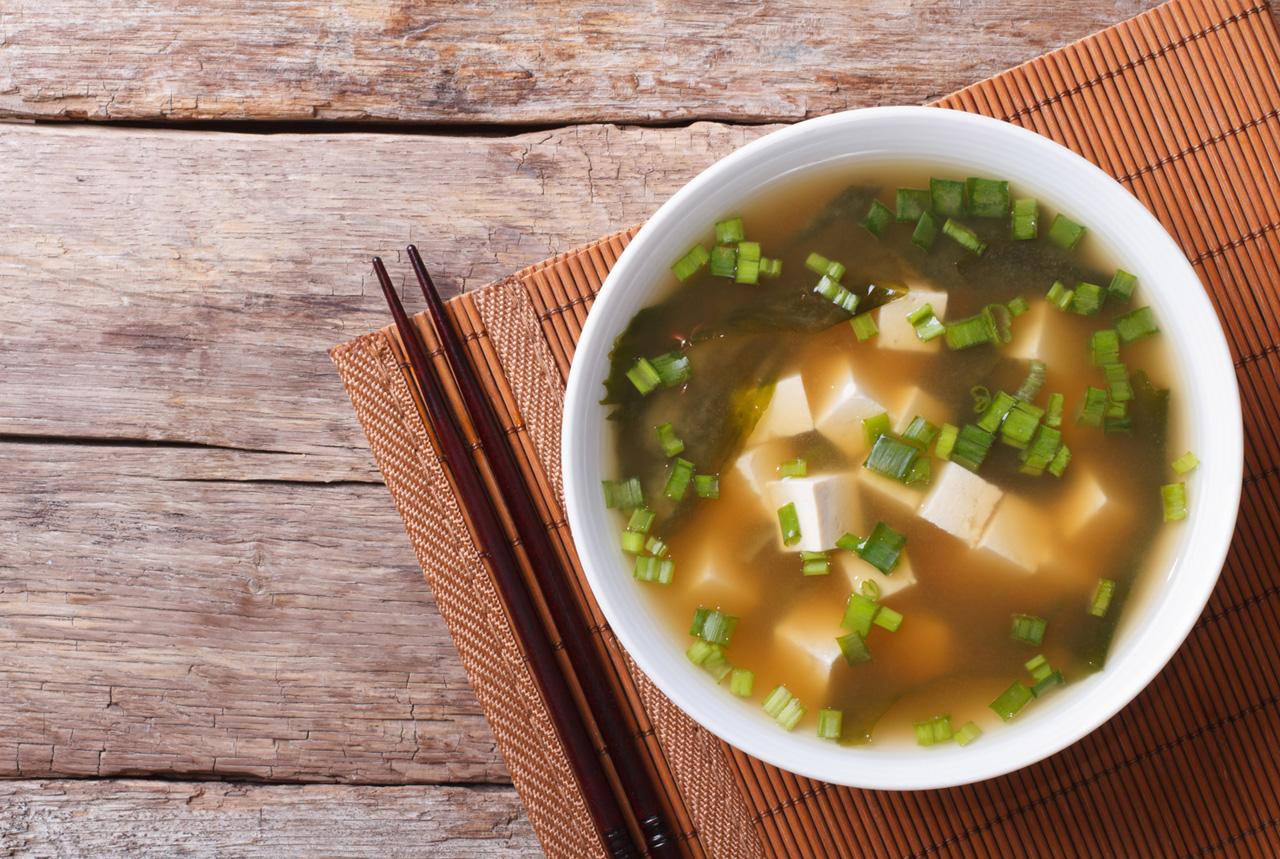 <徳島県>県産野菜の商品いかが 県内3大学の学生、菓子など開発