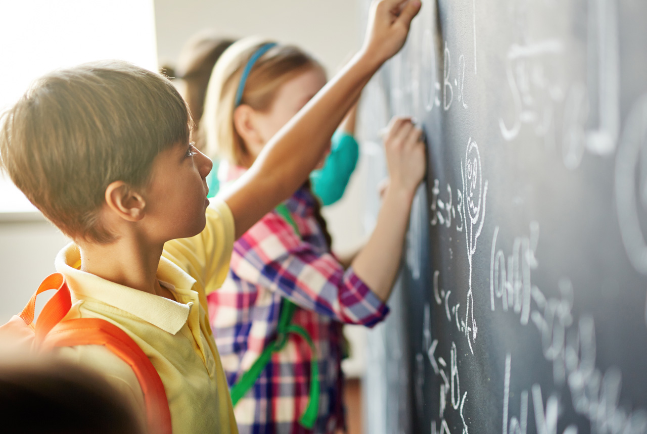 <埼玉県>外国籍を持つ親子ら対象に栄養教室と健康相談 学生6人が実施