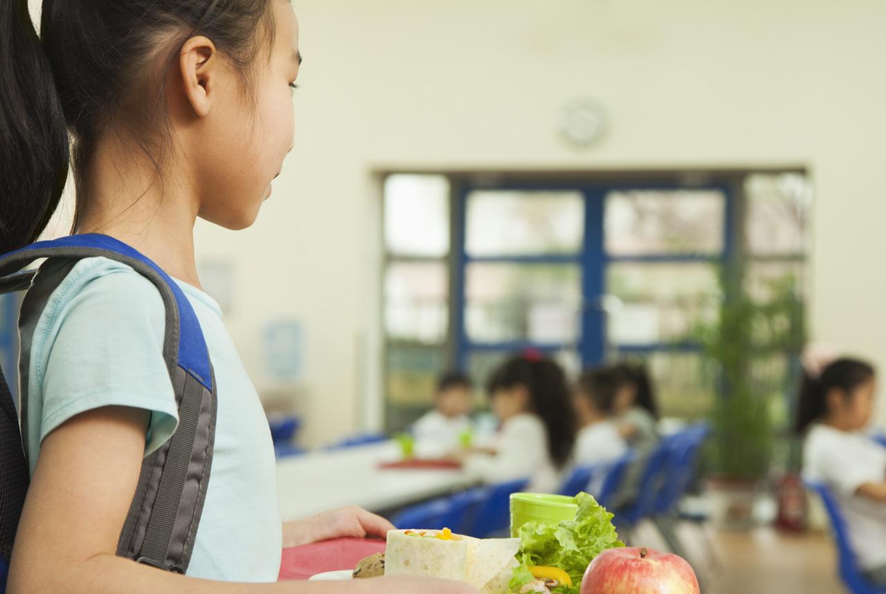 <東京都>児童ら食中毒症状1047人に 東京・立川の7小学校