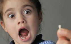 子どもの歯が折れたら 慌てず適切に対処を