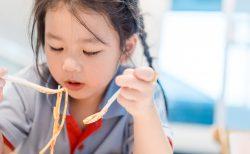 新型コロナの臨時休校から1週間、子どもは家で何してる?