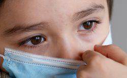 目のコロナ対策眼鏡をかけると感染リスクは5分の1に?